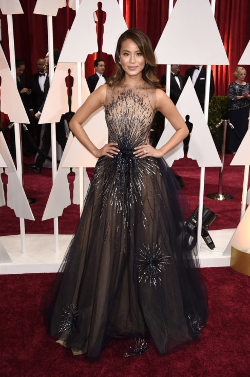 jamie-chung-blue-sparkly-dress-oscars