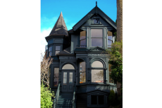 18-green-painted-victorian-california-home-design