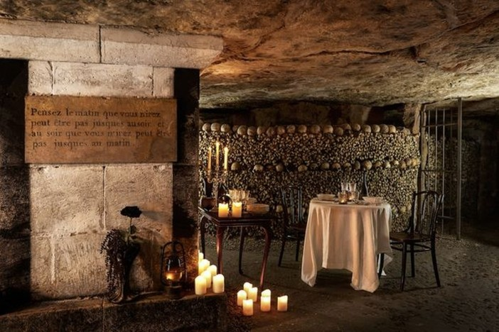 airbnb+Paris-famous-catacombs
