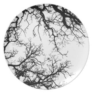 oak_tree_silhouette_dinner_plates-ra441044233c9422fbece83c256a3b63a_ambb0_8byvr_324